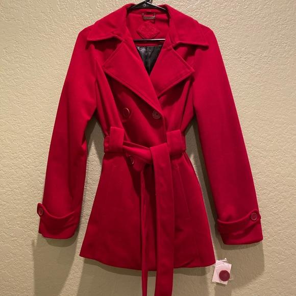 JOUJOU NWT Trench jacket in BERRY! Medium